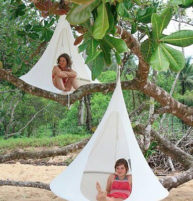 Want! Cacoon – swinging chair, hammock, treehouse, den & nest all rolled together