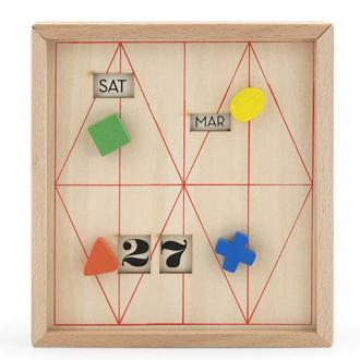 Wooden box calendar