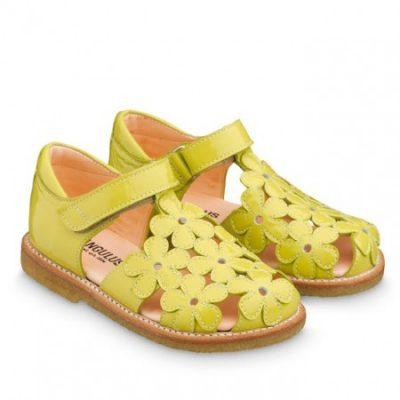 Angulus sandals