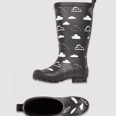Hot on the high street: Mothercare monochrome cloud wellies