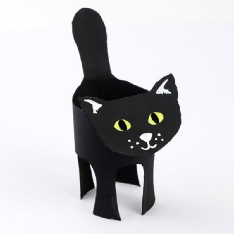 Loo roll black cat