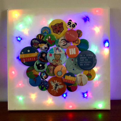 Make Your Own: light up Badge Canvas